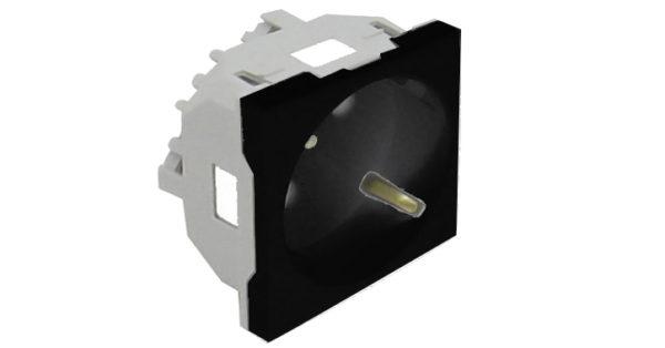 Розетка 2к+З с защитными шторками (45х45) – черная 1